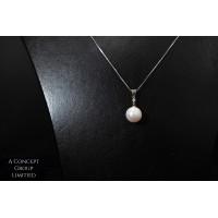 14K GOLD Fresh water pearl pendant